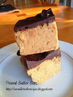 Growing up, my Mom often made us great treats for dessert. Whether it was her chocolate chip cookies (secret family recipe!) or her cinnamo. Peanut Butter Bars, Natural Peanut Butter, Melting Chocolate Chips, Chocolate Chip Cookies, Dessert Bars, Dessert Recipes, Sweet Desserts, Dessert Ideas, Best Comfort Food