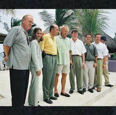 Encontramos un gran # Throwback de la ceremonia de inauguración de El Camaleón Golf Course! Puedes venir a aprender y @ JimMcLean Golf School.