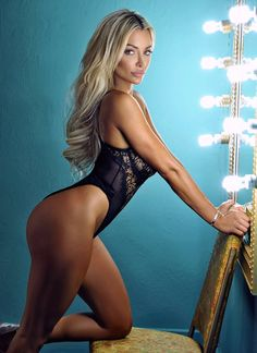 Lindsey Pelas - Bellazon