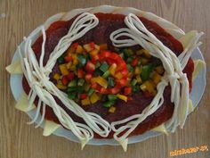 Obložené misy...kreácie mojej dcéry.... | Mimibazar.sk Deco Fruit, Ale, Spaghetti, Mexican, Ethnic Recipes, Food, Beautiful Flowers, Cooking Recipes, Drinks