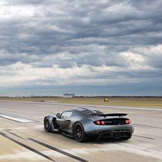 #motorsquare #dream4you #oftheday : #Hennessey #Venom GT what do you think about it? #car #cars #carporn #auto #cargram #exotic #wheels #speed #road #dream #ferrari #ford #honda #mini #nissan #lamborghini #porsche #astonmartin #audi #bmw #mercedes #bentley #jaguar #lexus #toyota