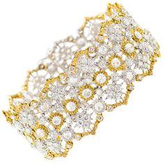 Diamond and gold lace bracelet by Mario Buccellati. 17-20 cts of diamonds.