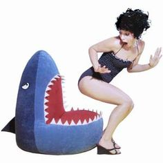 Who would like to sit on this bean bag 🤣 The funny bean bag chair seen below looks quite an attention grabber with a very unique design that resembles a shark's mouth! Unusual News, Bizarre News, Mushroom Chair, Childrens Rocking Chairs, Office Chair Without Wheels, Shark S, Scary Monsters, Types Of Furniture, Furniture Ideas