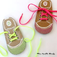 My kids are getting to an age where I think it's hightime they learned to tie a shoelace.The funny thing is that although they are now big girls at the ages of6 and 7 they have never owned a pair of shoes with laces so they have never had to learn how to tie them. I decided to remedy this with my own DIY shoe lacing cards. They didn't take