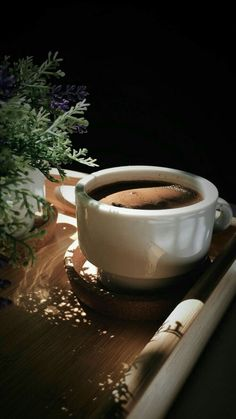 How to Make the Perfect Cup of Black Coffee, Three Ways — Will Frolic for Food yummm But First Coffee, Best Coffee, My Coffee, Coffee Cafe, Coffee Drinks, Coffee Shop, Coffee Barista, Coffee Menu, Coffee Lovers