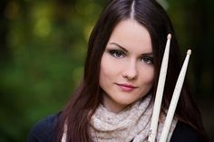Senior picture ideas for drummers. Band Senior Pictures, Country Senior Pictures, Senior Pictures Sports, Senior Photos Girls, Senior Girls, Girl Pictures, Girl Drummer, Female Drummer, Picture Poses