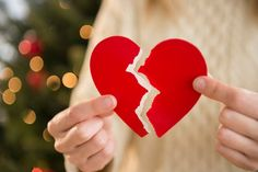 WHEN you have a broken heart is seems like the pain will never go away.And there is some truth to that. About people in the UK suffer from broken heart syndrome each yearSuffering from Saving Your Marriage, Save My Marriage, Marriage Advice, Unhappy Marriage, Hurt Pictures, Pictures Images, Couple Pictures, Relationship Challenge, Ending A Relationship