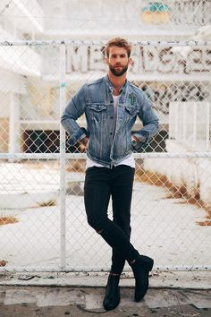 Andre Hamann wearing Levi's 519™ Extreme Skinny Fit Ripped Jeans, Steve Madden Aziz Chelsea Boot, Levi's Denim Jacket