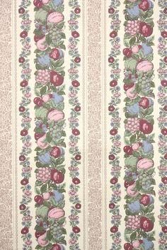 1950s Kitchen Vintage Wallpaper fruit stripes Hannah's Treasures #vintagewallpaper