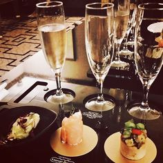 Loving the @champagnelpuk flight @tajhotels #stjamespark #london with matching #canapes #luxelife by londonunattached