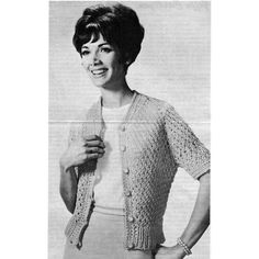 This attractive cardigan knitting pattern is sized for misses 10 to 18, as well as women 20 to 48.
