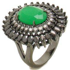 Anel semi joias cravejado zircônias e cristal verde esmeralda.