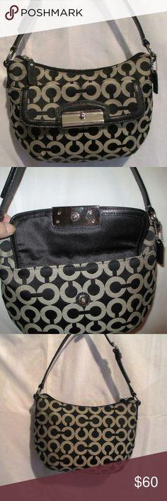af36affdd15 COACH Kristin Op Art Baguette Handbag - Black&Gray Beautiful Coach  Kristin in the Op