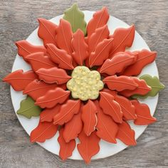 Poinsettia Platter Cookie Cutter Set and Gift Certificate Giveaway with Whisked Away Cutters – The Sweet Adventures of Sugar Belle Christmas Biscuits, Christmas Sugar Cookies, Holiday Cookies, Christmas Gingerbread House, Christmas Candy, Christmas Baking, Christmas Treats, Christmas Stuff, Xmas