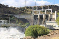 Roxburgh Hydro Dam, Central Otago. All gates are open! The force of nature... http://www.centralotagonz.com/lake-roxburgh-village