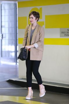 Lilly Colins, Pixie Cut Styles, Short Hair Styles, Pixie Cuts, Casual Outfits, Cute Outfits, Fashion Outfits, Sport Outfits, Women's Fashion