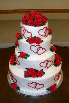 roses with hearts cake. This would be good for a Valentine wedding.