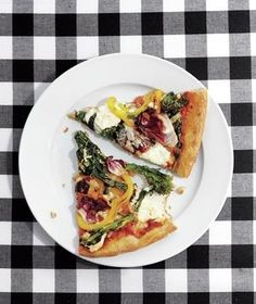 Load up this healthy pizza with broccoli rabe, bell peppers, radicchio, and garlic.