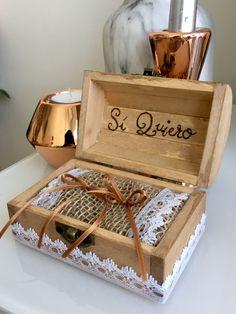Caja de madera portaalianzas personalizada - hecho a mano en DaWanda.es