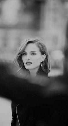 Natalie Portman Dior.