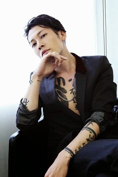 Miyavi... His tattoos are amazing.