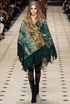 Burberry Prorsum - Autumn/Winter Ready To Wear London Fashion Week Burberry Prorsum, Burberry 2015, London Fashion Weeks, Winter Trends, Runway Fashion, Fashion Show, Fashion Design, Fashion Trends, Milan Fashion