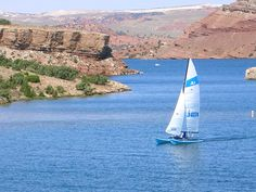 Alcova Lake near Casper Wyoming for boating, water skiing, fishing, and other water activities