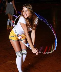 Katie Sunshine Hula Hooping