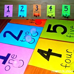 Make your own preschool counting activity and lesson with pom poms!  DIY preschool activity! :)