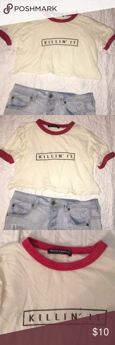 Brandy Melville crop tee Says killin it and really cute with white converse! Absolutely no stains or signs of wear note: all of Brandy Melville products are technically one size on the tag but fit like smalls Brandy Melville Tops Crop Tops