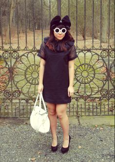 Express Dresses, Lbd, Round Sunglasses, Uk Magazines, Red Carpets, Unique, How To Wear, Fashion Trends, Outfits