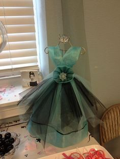 Wired decorated metal dress forms for Breakfast at Tiffany Baby Shower