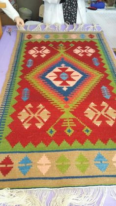 Small Tapestry, Tapestry Wall Hanging, Navajo Weaving, Hand Weaving, Turkish Kilim Rugs, Persian Rug, Pattern Art, Rugs On Carpet, Applique