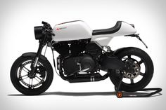 Based on a Buell XB12 but with plenty of XR1 components, the Bott XC1 Motorcycle is a cafe racer that's easily self built and customizable. Its secondary fueltank under the rear shock gives it a total fuel capacity of 13...