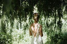 """Víťa Malina, fotograf na Instagramu: """"#tropicalwedding Fakt bych chtěl fotit svatbu na ostrým slunku pod palmama 💒😊🌴 Snad to někdy klapne :) Tahle momentka je z Moravy, teď z…"""" Wedding Photography, Instagram, Wedding Photos, Wedding Pictures"""