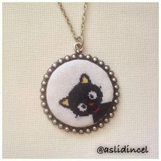 Jiji the cat from Kiki's Delivery Service Tiny Cross Stitch, Cross Stitch Designs, Cross Stitch Patterns, Cross Stitching, Cross Stitch Embroidery, Minis, Crochet Cross, Embroidery Jewelry, Schmuck Design