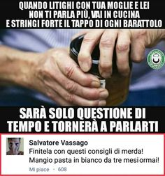 L'immagine può contenere: una o più persone, meme e sMS Wat Meme, Cool Pictures, Funny Pictures, Married With Children, Lost In Space, Funny Video Memes, Just Smile, Funny Pins, Haha