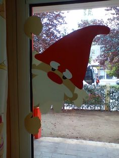 Finestra de nadal.. no link..  this could be reversible to be seen both inside and out at the same time