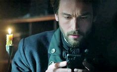Sleepy Hollow S218 Tempus Fugit Finale. Another poignant phone moment with Captain Crane.