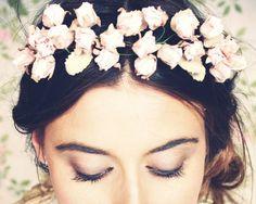 Tocado de novia de rosas de pitimini