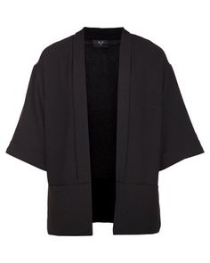 Step out in style with this Boyfriend Jacket by AX Paris. This androgynous design is black in colour,while it boasts pockets. Featuring elbow-length, flared sleeves and a regularlength hemline, it is completed with an open front and slim lapels. Perfect forthe modern woman, pair it with a basic top, jeans and heels.