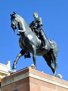 Monumento al Gran Capitán en laplaza de las Tendillas -  De Mateo Inurria.