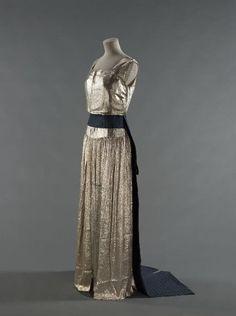 Robe Jeanne Lanvin 1936-1937 © Stéphane Piera / Galliera / Roger-Viollet