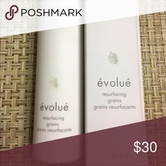 Evolue' Resurface Grains Evolve Resurfacing Grains improve complexion, reduce fine lines, and leave skin smooth and radiant. 2.5 oz Makeup