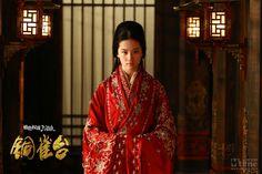 """Liu Yifei as Lingju / Diaochan in """"The Assassins"""" aka """"Bronze Sparrow Terrace"""" (铜雀台, 2012) #hanfu"""