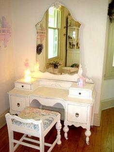 Vanity Table. White Vanity  Mirror Bench