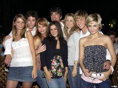 Season 1 cast.