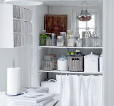 IB Laursen - Kitchen - white - shabby