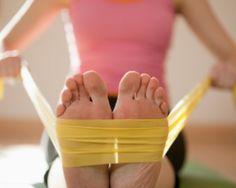 Add This Energizing Full-Body Stretch Routine to Your Workday Rotina de alongamento sentado Fibromyalgia Exercise, Fibromyalgia Pain Relief, Treating Fibromyalgia, Stretch Routine, Spark People, Chronic Fatigue Syndrome, Love Handles, Vinyasa Yoga, Pain Management