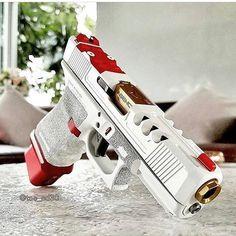 WEBSTA @ uniqueweapons - This Glock is . @tae_sd30